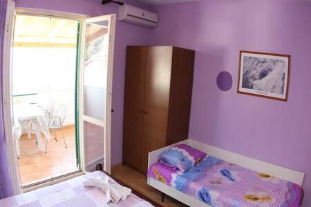 Apartments Malić / Two bedroom Levande A2 - Zavala
