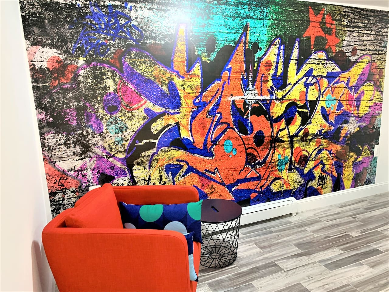This stylish, Bushwick studio is designed to emulate the vibrant graffiti culture in the neighborhood.