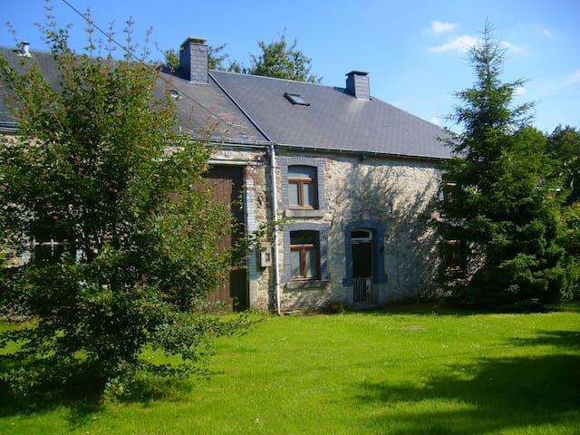 Maison de charme au coeur des Ardennes belges