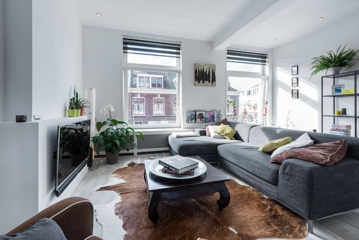 Luxury and comfortable appartment, super location! - Haarlem - Apartment