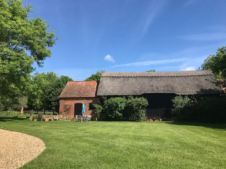 Idyllic Suffolk country barn