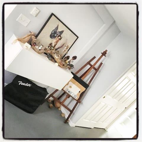 The Shellor, Art Studio - Denver - Bed & Breakfast