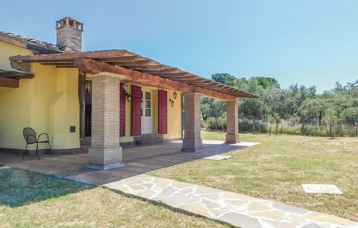 Casa con piscina privata nella campagna Toscana