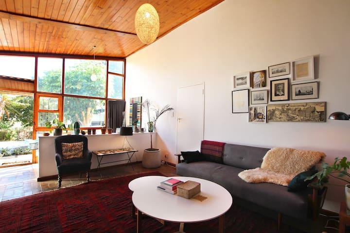 Table Mountain Garden Apartment