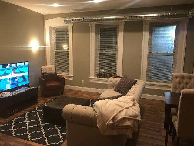 Downtown loft, modern and updated - Buffalo - Apartamento