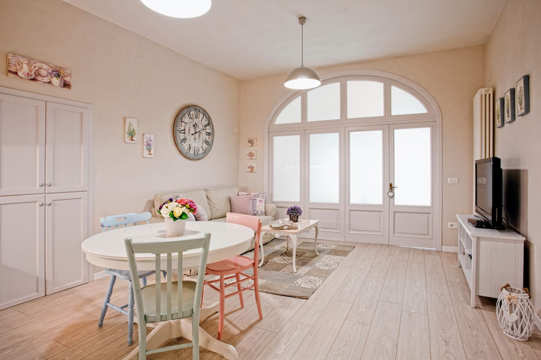 Sala soggiorno Living/dining room salle de sejour