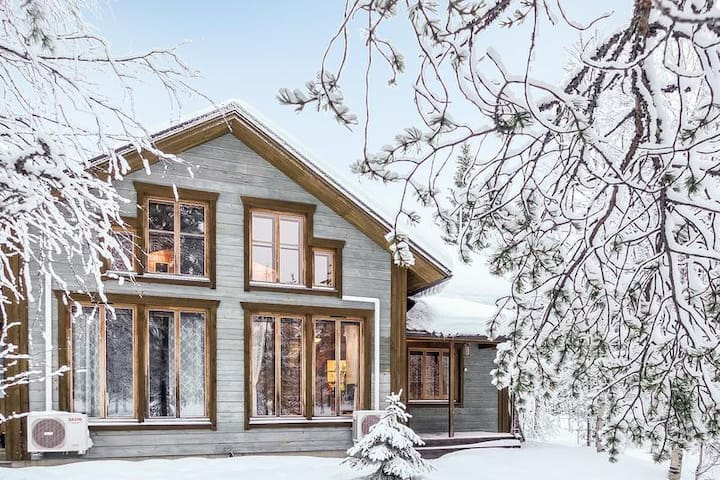 Ski Lodge with sauna, Winter Wonderland Iso-Syöte