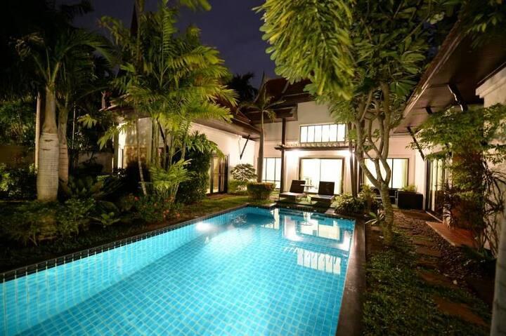 Pratumnak Beach Villa【3 bedroom】