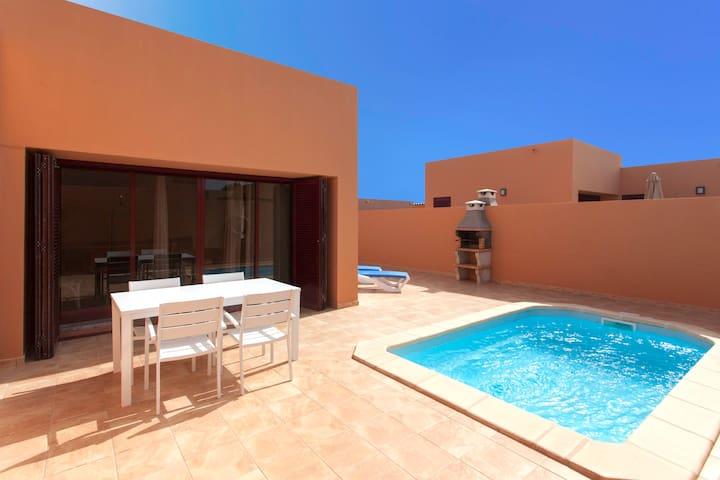 Anahi Homes Corralejo - Villa Brezo 1