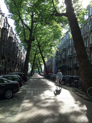 Private Self contained Garden House, sleeps 1 or 2 - Amsterdam - Bed & Breakfast