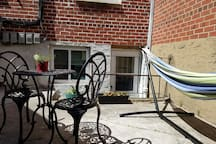 Peaceful Getaway, minutes from NYC attractions!