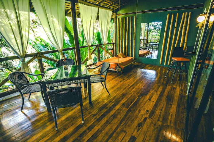 CANAIMA CHILL HOUSE, Eco Chic Suite Loft #3A