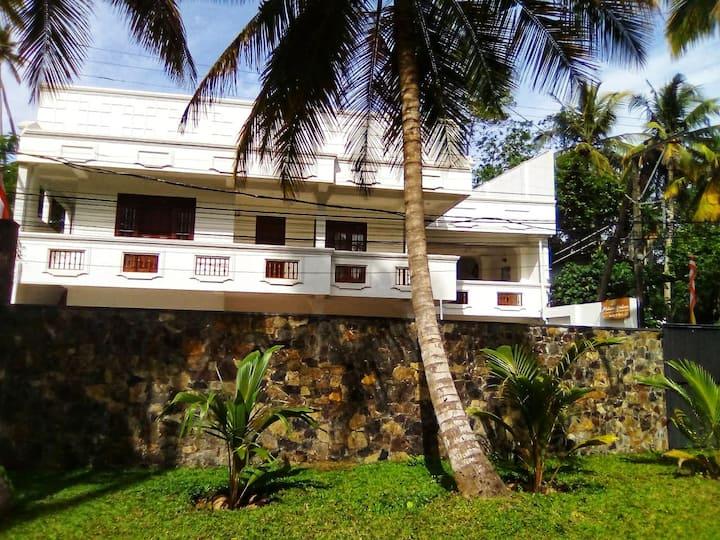 Mihira Gedara Apartment (M-1)