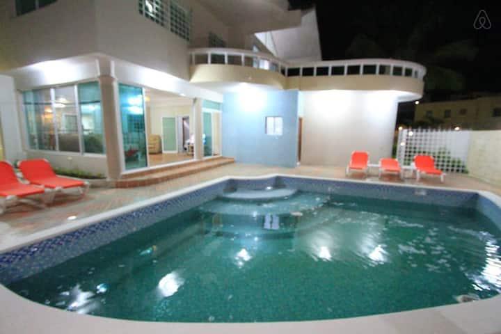 PuntaCanaisFUN 4BR Villa @  Bavaro - Punta Cana