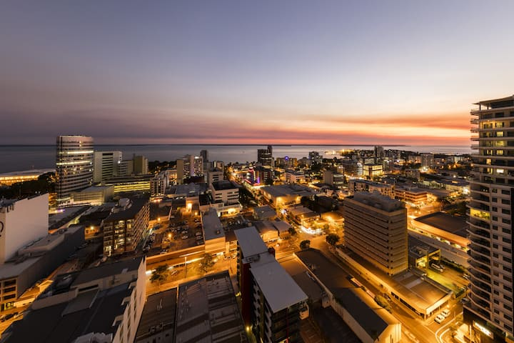2 Bed Apt moments from central Darwin CBD