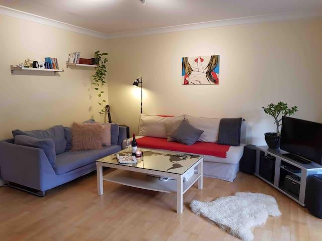 Quiet room in 3 BR apartment