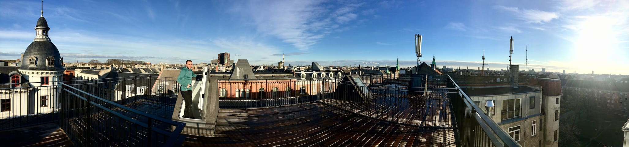 5th fl penthouse Nørrebro apt. w. roof terrasse