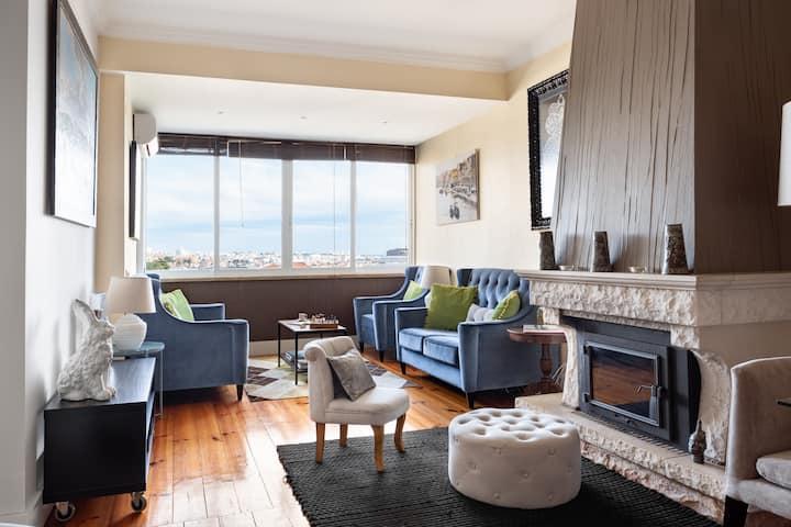 ALTIDO Exquisite 2-BR Apartment in Monte Estoril