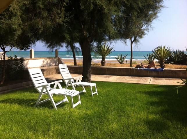 Villa Pantanelli - fronte mare - Pozzallo