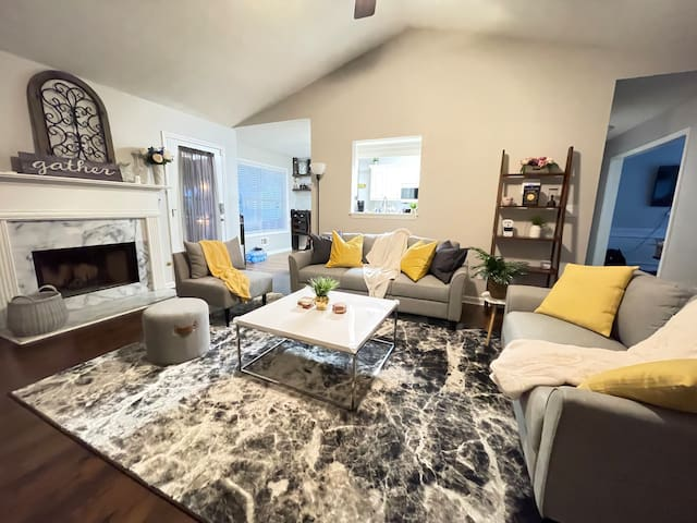 Modernize living room for great family/friends gathering! Super cozy also therapeutic!