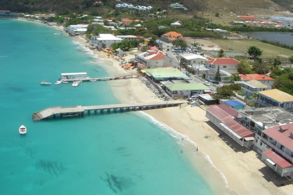 Plage de Grand Case à 100 mètres