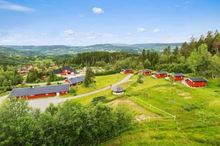 In the hills of Orkdal - with beautiful view! - Fannrem - Casa
