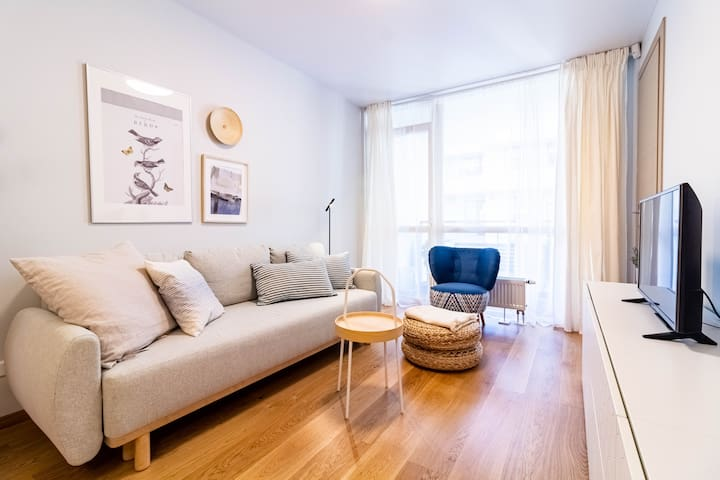 ⥣ Charming DEJA BLUE Apt in City Center By Cohost⥣