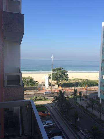 On the seafront, in Barra da Tijuca