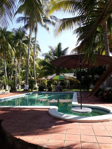 Casa Rio Mar, spacious clean property surf and fun