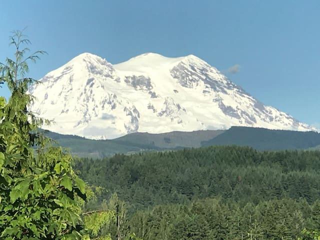 """Majestic Mt Rainier"" Harmony Ridge Center"
