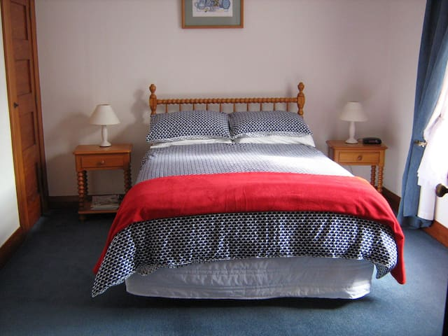 Bed and Breakfast in Picton - Picton