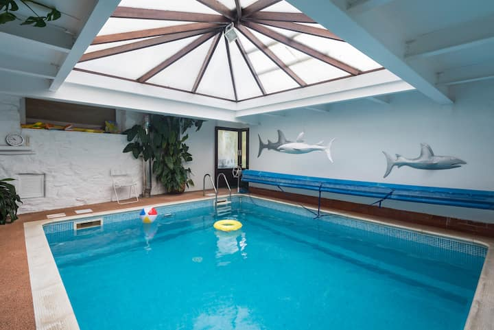Tywyn Cottage Private Indoor Heated Swimming Pool