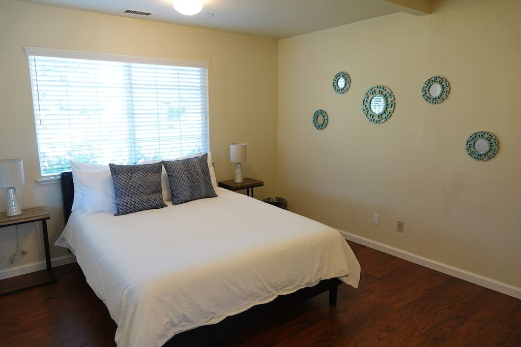 "Large bedroom with 10"" memory foam bed"