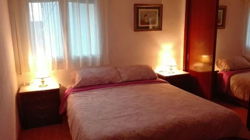 Excelente habitación para dos personas - Alcalá de Henares - Gästesuite