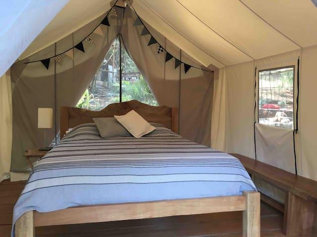Ko River Glamping, Yaya Tent