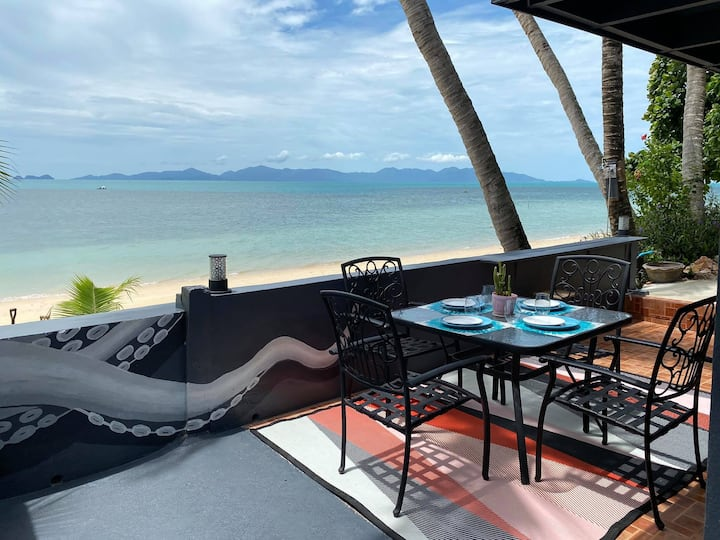 Beach Front villa, great couples getaway