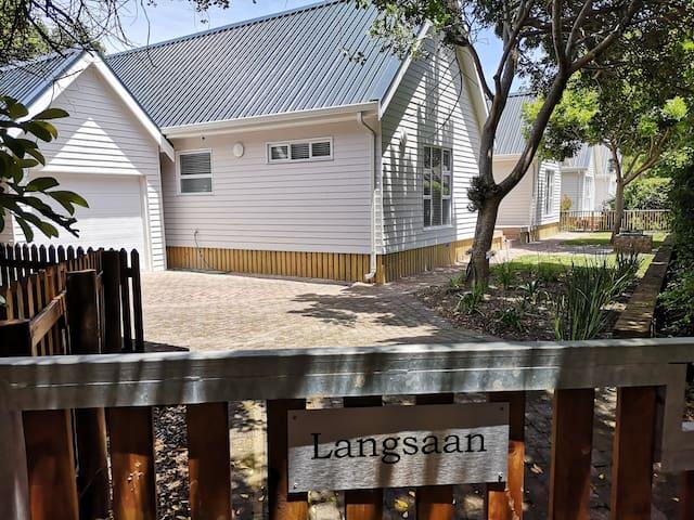 Langsaan.. modern and light beach house