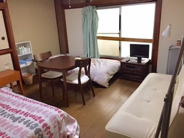 R-15 Guesthouse #202 room with key