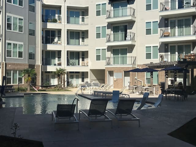 Amenities to try!  Resort Apts. In new Covington,