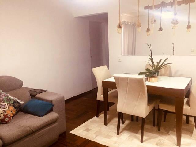 Apartamento Rústico e Sofisticado!
