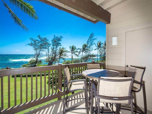Bright, Airy Condo w/Epic View! Wood Floors, Lanai, Full Kitchen, WiFi–Kaha Lani 225