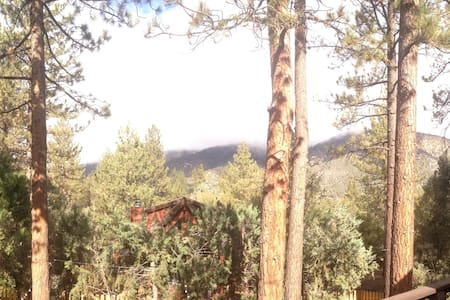Mountains in the Forest - The Ultimate Retreat - Pine Mountain Club - 独立屋