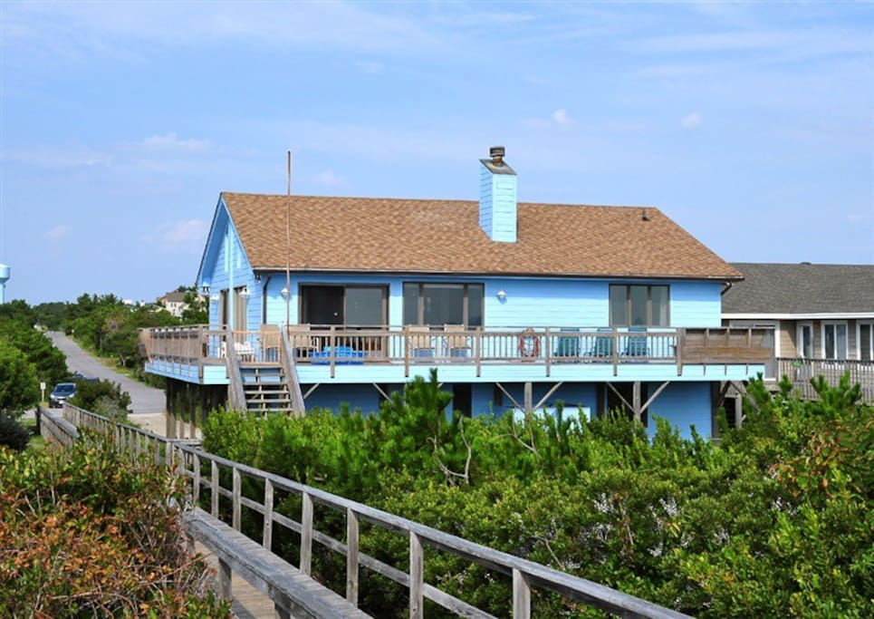 The house is set right off the ocean on the boardwalk.