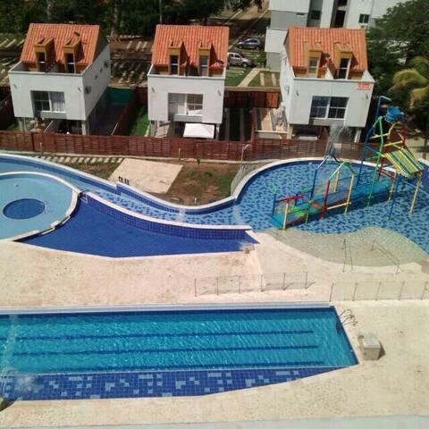 Casa campestre en resort Santa Fe de Antioquia - Santafé de Antioquia - Casa
