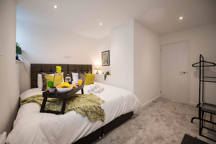 WINDMILL HOUSE APARTMENTS - CA SHORT STAY