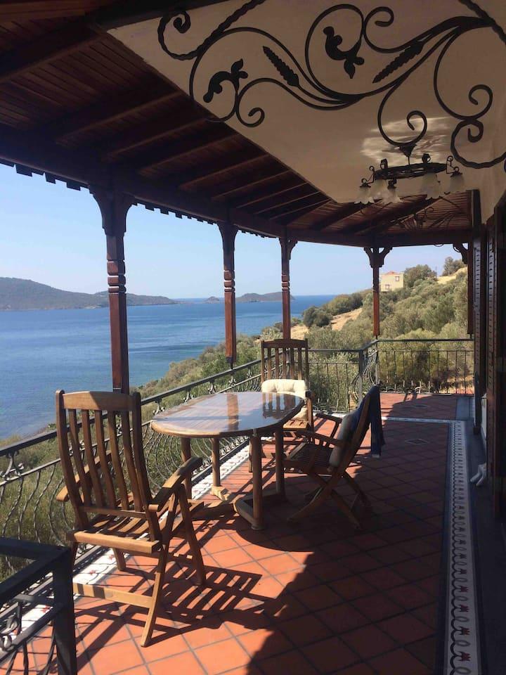 Secluded luxury home, Aegean Sea. /Çandarlı/Dikili