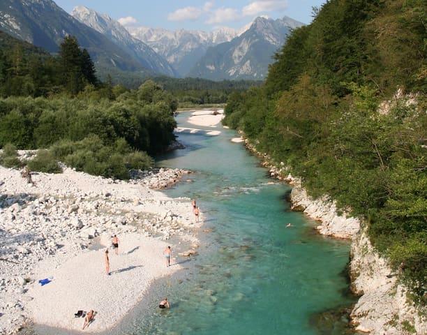 Soča river (2Km.)