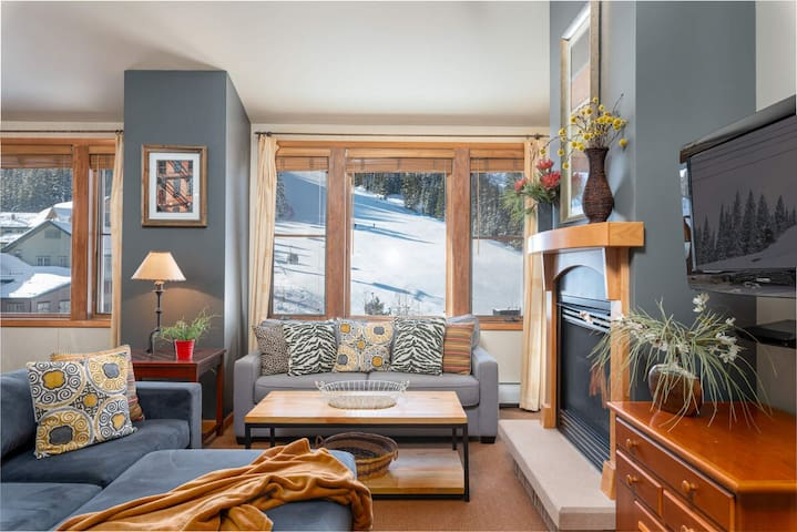 Penthouse Condo | Ski In/Ski Out! | HUGE Windows | Look Out At Slopes