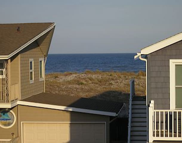 Ocean City, NJ 4BR w/ VIEWS steps from the beach!