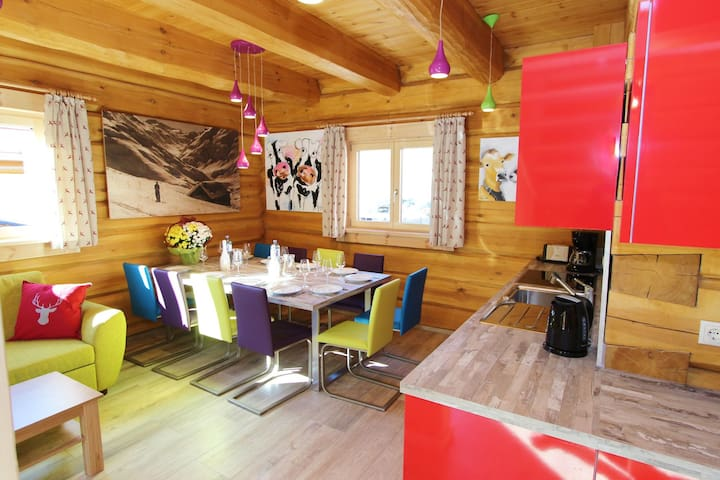 Cosy Wooden Chalet in Kaprun with Jacuzzi